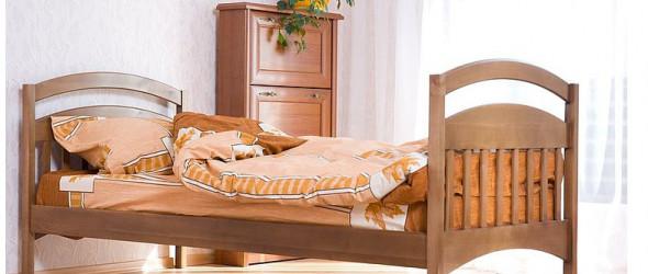 Кровати из ольхи и дуба